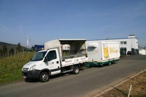 Транспортировка мобильного пивного торгового киоска  GA 4000-8 EK Shirin для компании напитков Ландштуль